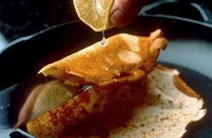 Lemon Souffle Pancakes: Louise Lennox