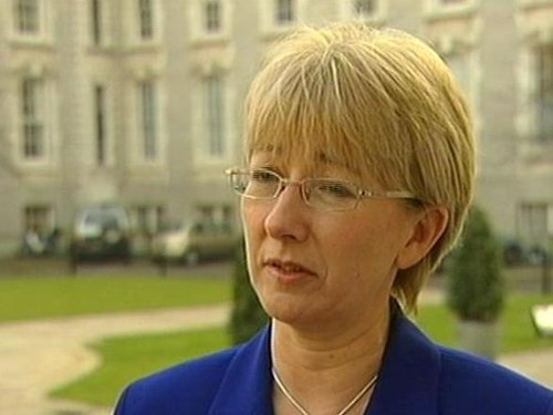 Mary Hanafin - Report on pension schemes