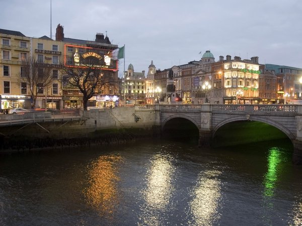 Dublin - Flood warning for Liffey