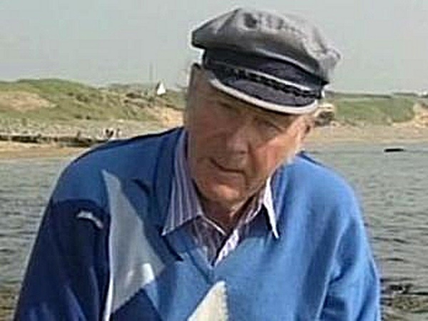 Paddy Hillery - Keen golfer and painter