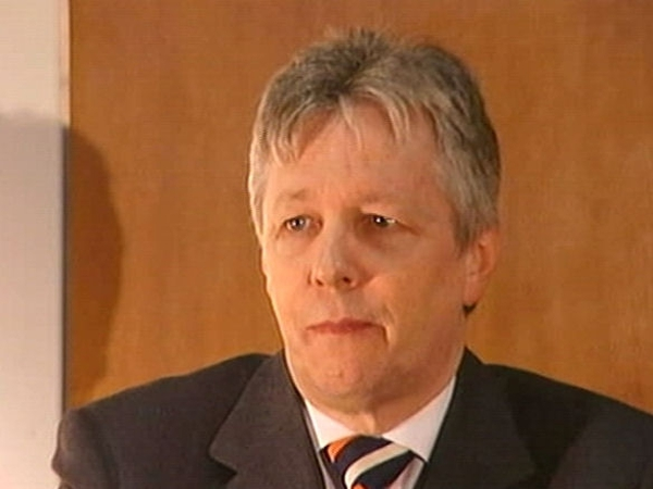 Peter Robinson - Wants IRA structures removed