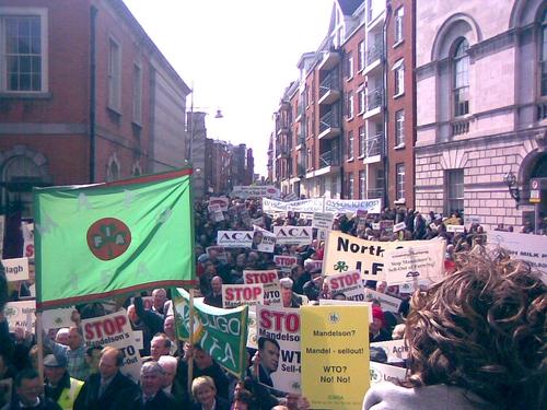 Dublin - Farmers protest over trade plans