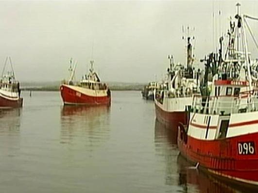 Irish trawlermen react as UK withdraws from fishing agreement