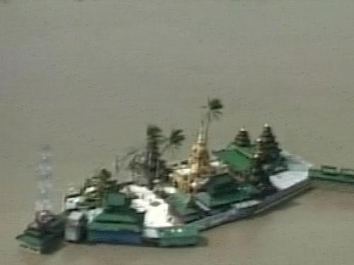 Burma - Thousands killed in cyclone