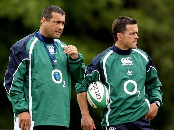 Michael Bradley (l) with assistant coach Alan Clarke