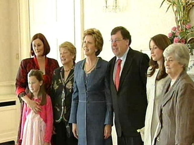 Áras an Uachtaráin - Taoiseach receives Seal of Office