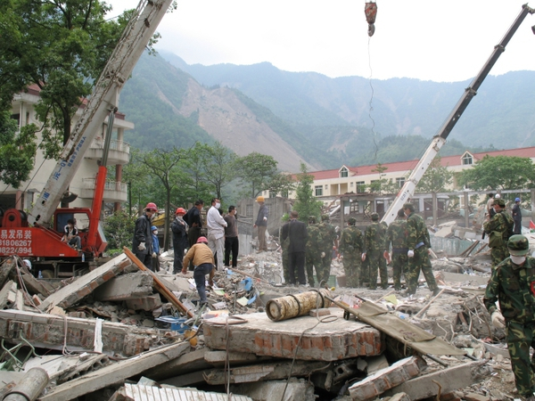 Beichuan - Anger at collapsed schools