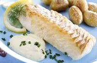 Grilled Cod with Potato Skins & Green Salad - Try this healthy and quick snack.