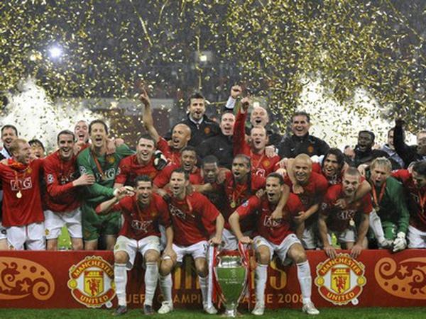 "Manchester United celebrate their third Champions League triumph  -   - WATCH MATCH ANALYSIS -  - <a href=""javascript:showPlayer('/sport/soc"