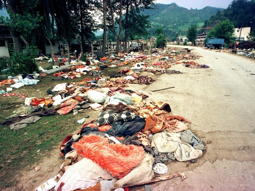 Srebrenica - 7,000 Muslims massacred