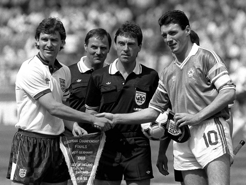 Team Captains Byran Robson and Frank Stapleton before the Ire v Eng game at Euro '88