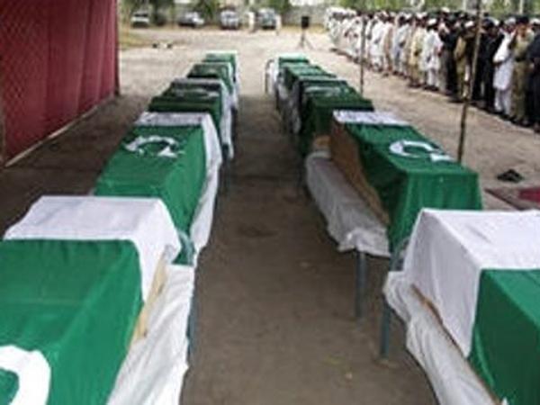Pakistan - US kills border troops