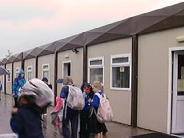 School prefabs - 40,000 pupils in temporary buildings