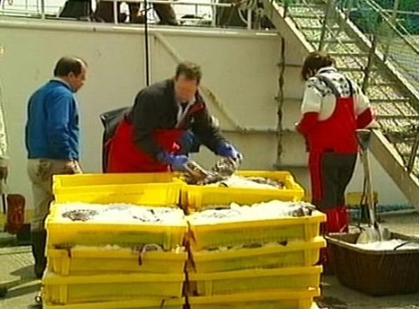 Fishing - Anger over incomes