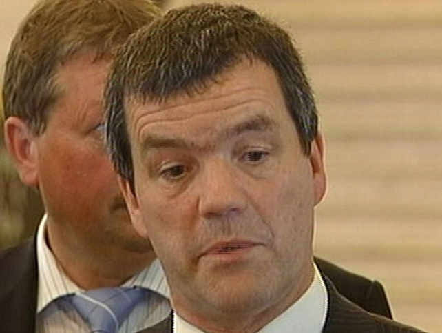 Noel Dempsey - Attends talks at Stormont
