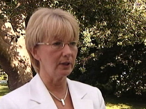 Mary Hanafin - Minister to get report shortly