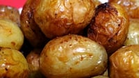 Perfect Roast Potatoes - Good quality potatoes plus this recipe and you'll have tasty roasties
