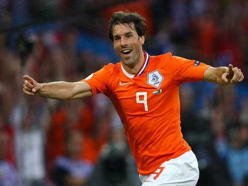 huge discount b00f4 71b53 Van Nistelrooy retires from international football