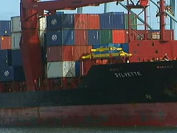 Exports - Small firms suffering