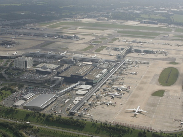 Gatwick Airport - Aer Lingus to run eight routes