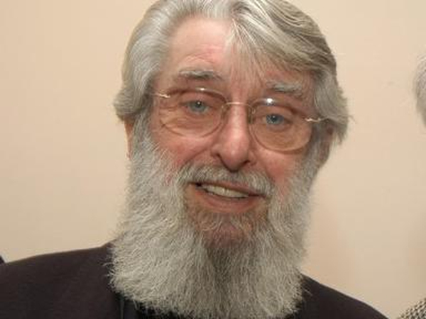 Ronnie Drew - Tributes paid to 'iconic singer'