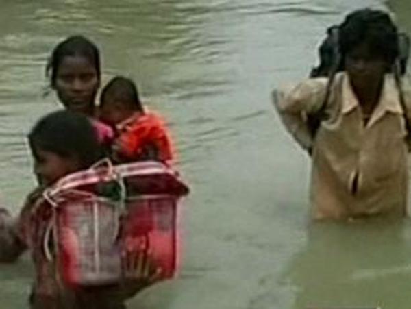 India - Millions struggle after flooding