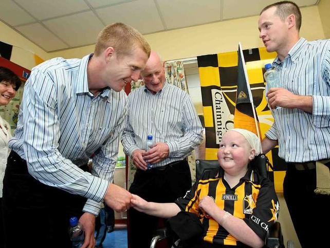 Earlier this morning, Henry Shefflin, manager Brian Cody and Michael Kavanagh were amongst those who visited Crumlin's Children's Hospital, where they met 13-year-old Caoimhe Phelan from Ballyragget, Co Kilkenny