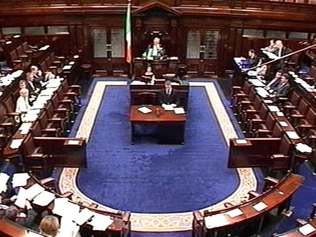 Dáil - To sit late tonight