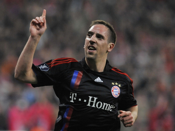 Franck Ribery was barely missed as Bayern strolled into the final beating Lyon 4-0 on aggregate
