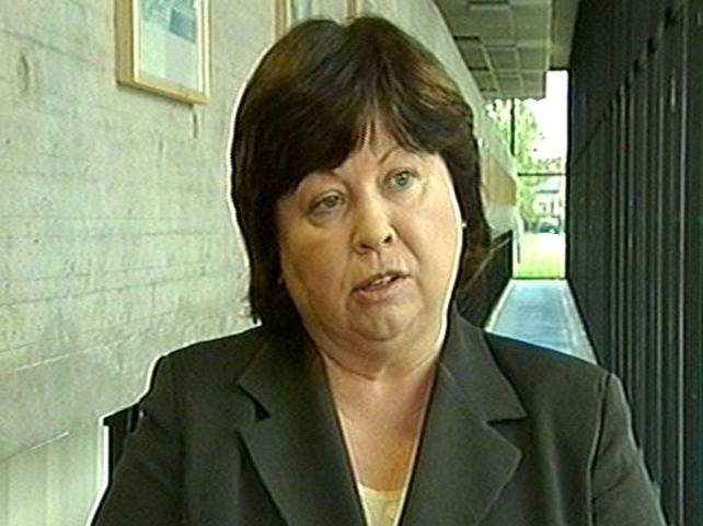 Mary Harney - Delays were due to design problems
