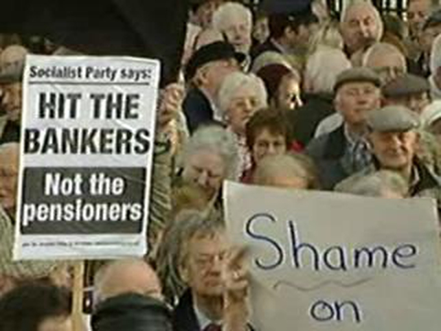 Leinster House - Thousands march in Dublin