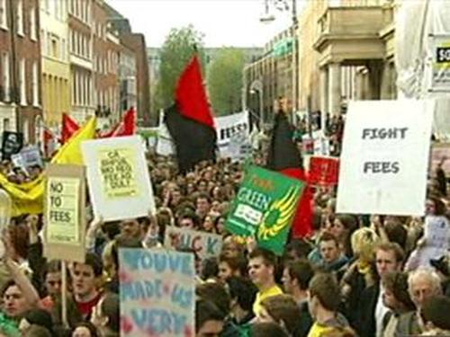 Dublin - Protest outside Leinster House