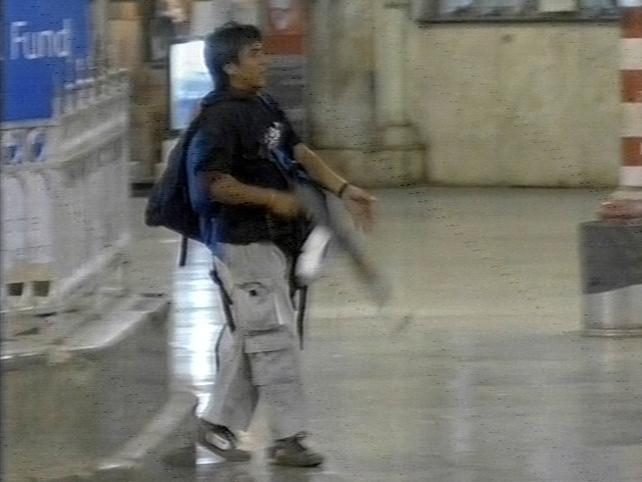 Mumbai - Attacker caught on CCTV