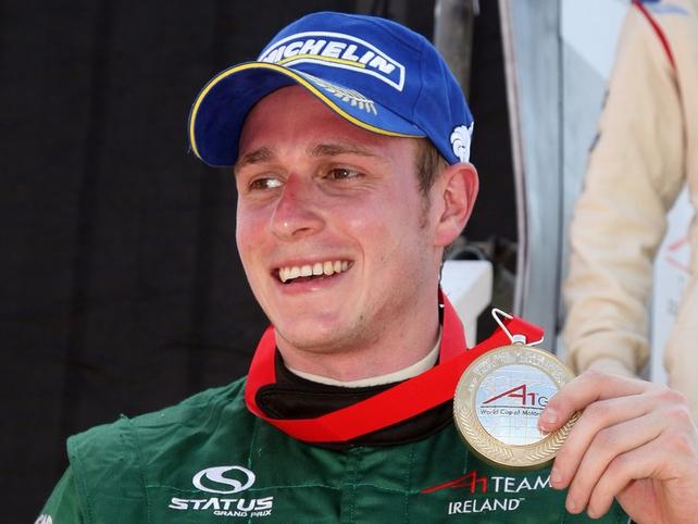 Adam Carroll will drive IndyCar in 2010
