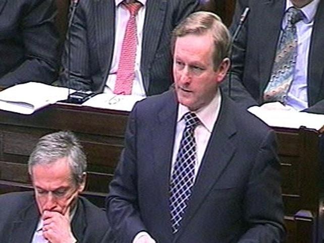 Enda Kenny - €2bn plan a 'sticking plaster'
