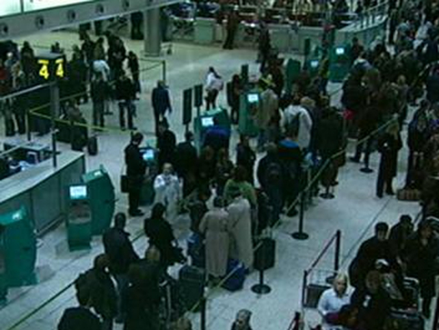 Departures - Delays for passengers