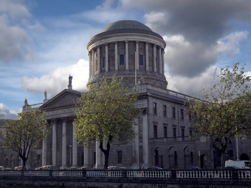 Four Courts - Man used forged bank drafts & possessing fake licence