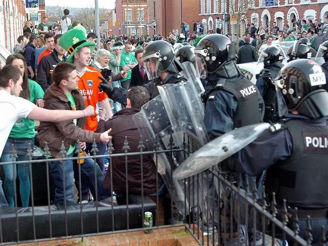 Belfast - 19 arrested following disturbances