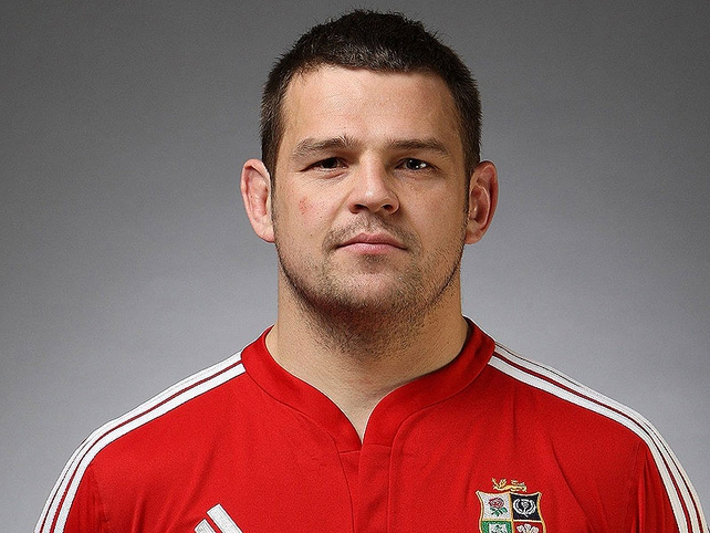 Lee Mears (England) - Hooker. Impressive Six Nations and his line-out accuracy is vital.