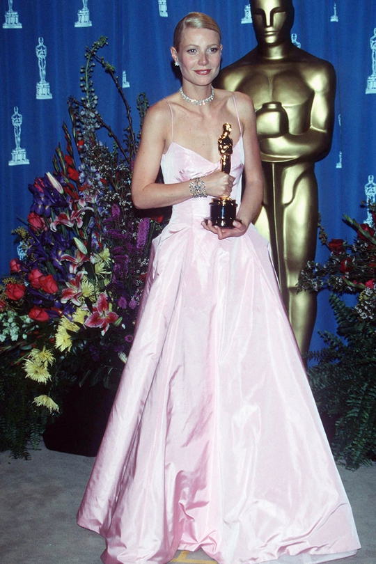 She may have picked up the Best Actress gong for Shakespeare in Love at the 1999 Oscars, but Gwyneth Paltrow looked more like she was going to senior prom than