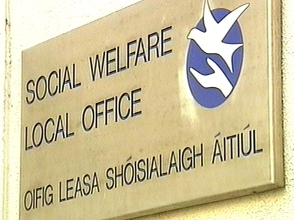 Welfare payments - Fraud and overpayment reviewed