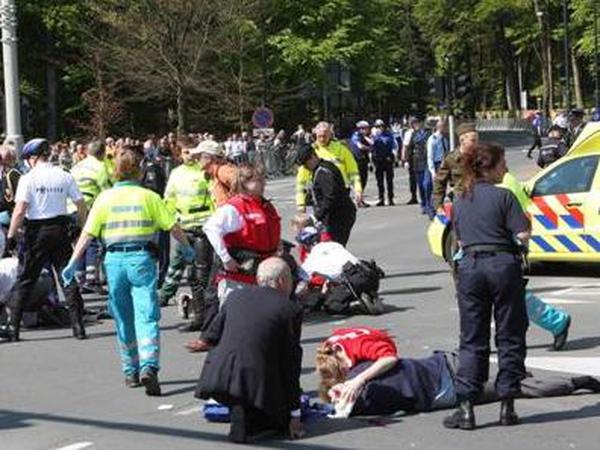 Netherlands - Emergency services at scene of crash