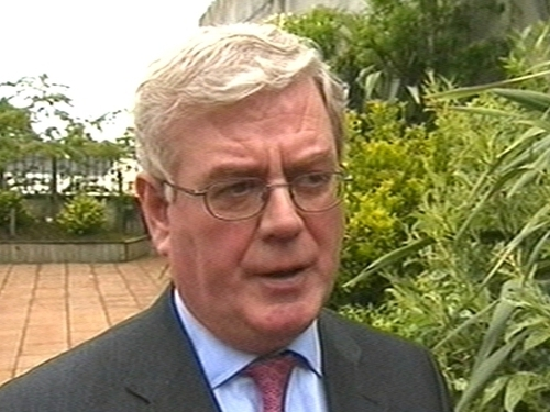 Eamon Gilmore - Poll shows rise in support for Labour Party