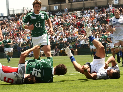 Ian Whitten touched down for Ireland in the first half as Declan Kidney's side defeated USA at Santa Clara University
