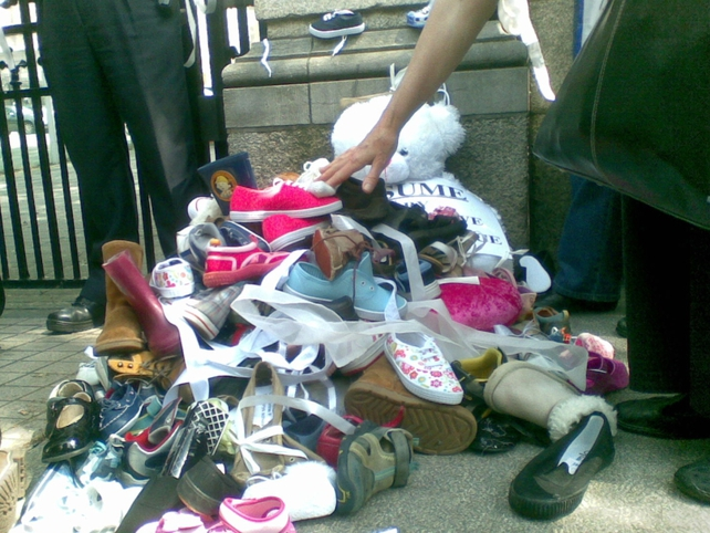 Protest - Shoes left at Dáil