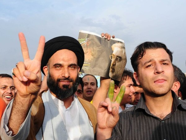 Tehran - Mousavi supporters call for annulment
