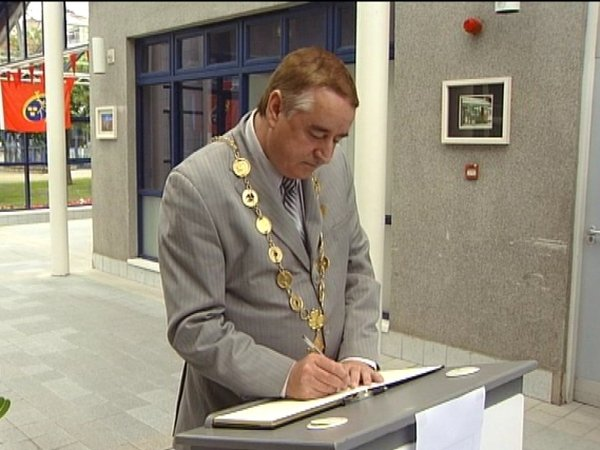 Limerick - Book of Condolence opened