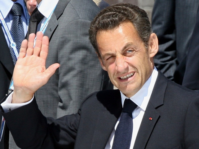 Nicolas Sarkozy - Collapsed while jogging