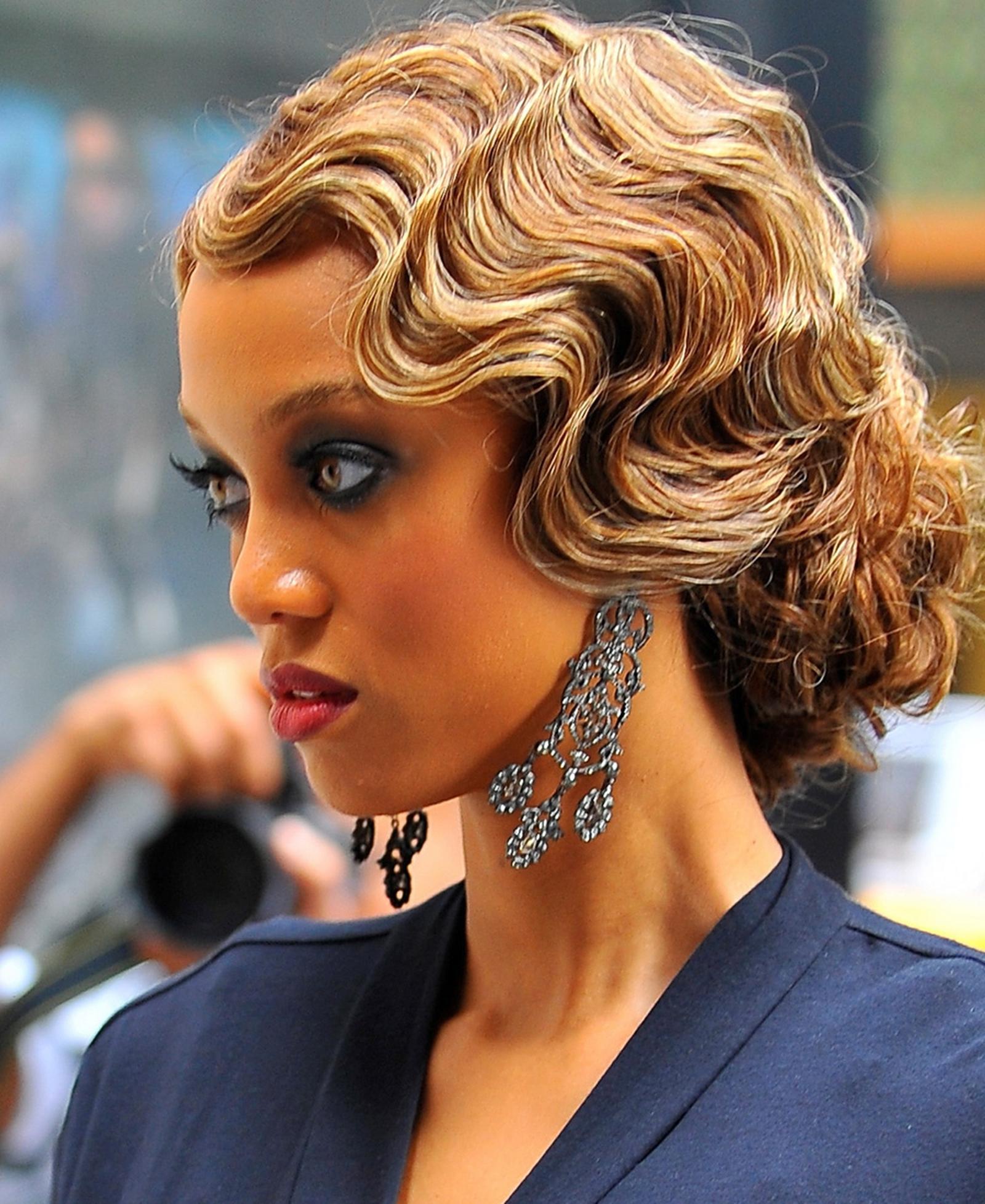 Tyra Banks hits Gossip Girl set