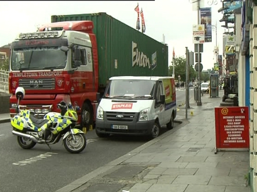 Wellington Quay - Cyclist in collision with truck